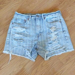 American Eagle 90s boyfriend striped rip shorts